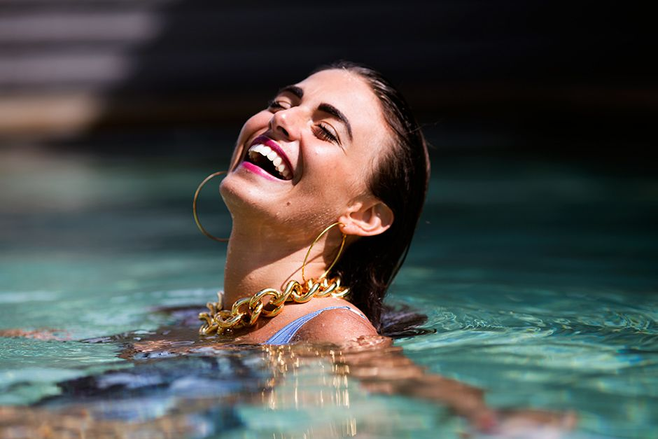 Jewelry in the pool 1